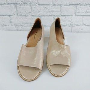 Anthropologie | Rose Gold Leather Souvenir Flats